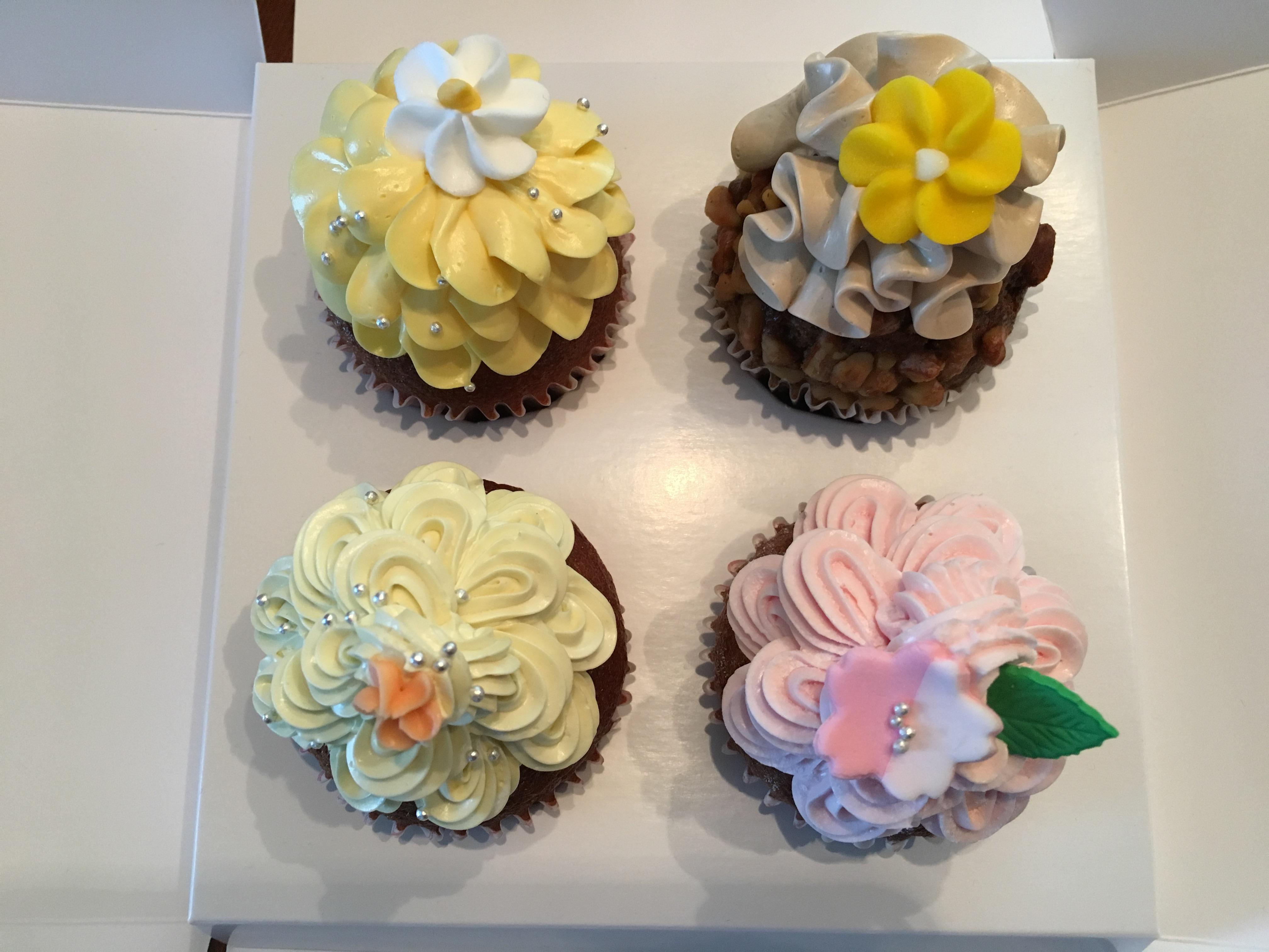SALLY'Sのカップケーキを食べ比べ!おすすめの味はレモン&ハニー!